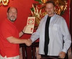 Sifu Anton Kooij Ontvangt Zijn Lma Diploma